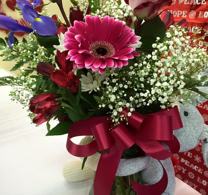 Dzen Garden Market Thanks New And Returning Customers During Valentine Flower Sale